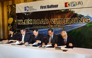 NLEX Contract Signing