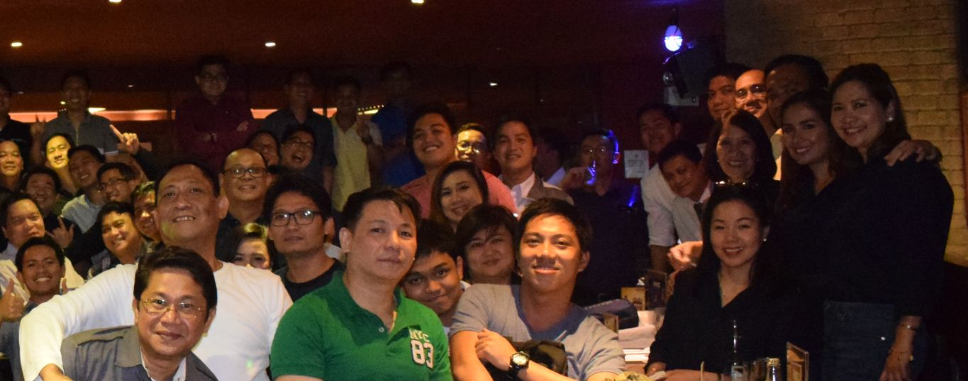 SKYBIZ account managers with HITAP key officers and members
