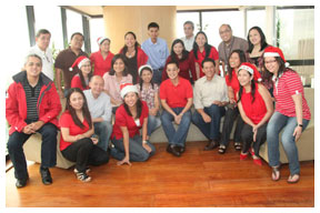 Managing-director-Carlo-Katigbak-with-the-rest-of-the-SKY-Management-Team