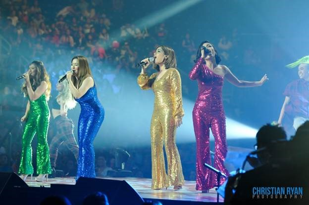 (L-R) ASAP Birit Queens: Morissette, Angeline Quinto, Klarisse, and Jona wow the entire arena with their singing prowess, hitting the right notes and moving the audience with love and nostalgia. (Photo courtesy of Christian Ryan.)