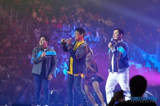 The men of OPM (L-R) Concert King Martin Nievera, Mr. Pure Energy Gary Valenciano, and OPM Icon Ogie Alcasid -- make musical magic as they sing their hearts out, while the crowd swoons. (Photo courtesy of Christian Ryan.)