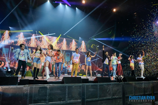 The star-studded, high-energy opening production number ends with a blast of confetti, to the delight of the crowd. (Top Left-Right) Enrique Gil, Liza Soberano, Bea Alonzo, Sam Milby, Gary Valenciano, ZsaZsa Padilla, Martin Nievera, Piolo Pascual, Kim Chiu, and Gerald Anderson. (Photo courtesy of Christian Ryan.)