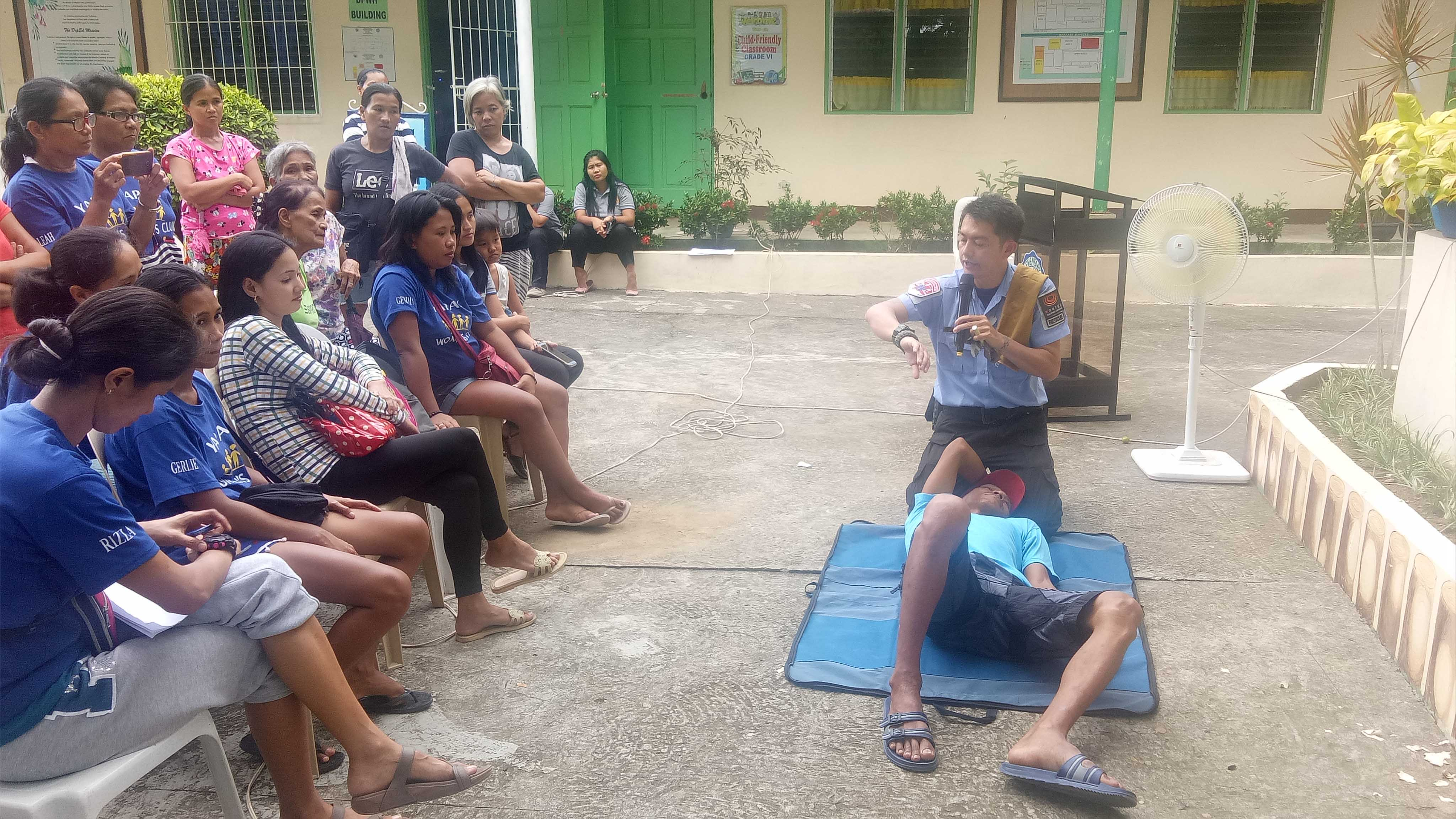 Morong school receives first aid assistance