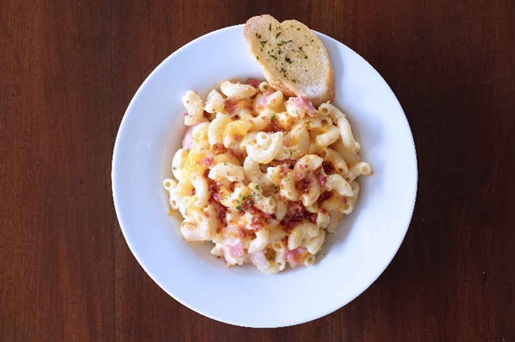Lunch: Bacon mac and cheese by Alta by Relik