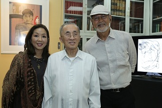 Lopez Group chairman Emeritus Oscar M. Lopez flanked by museum director Cedie Lopez Vargas and National Artist BenCab