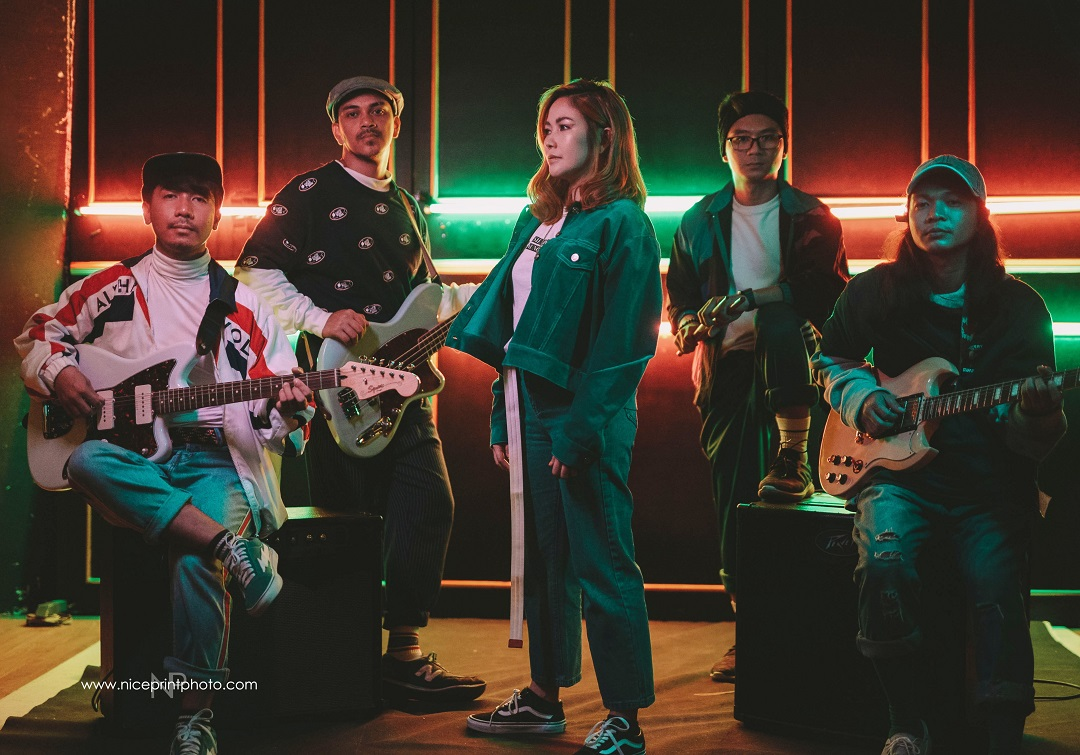 Yeng embraces pop-rock roots in 'Sana Na Lang'