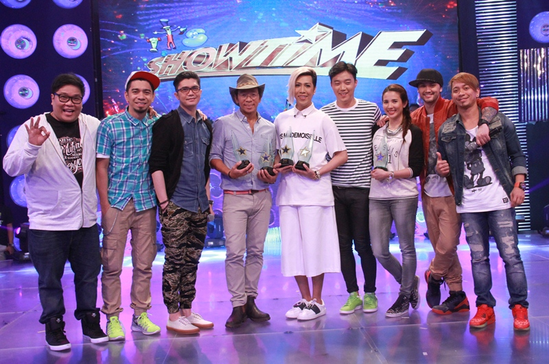 L-R: Jugs, Teddy, Vhong, Kim, Vice Ganda, Ryan, Karylle, Billy and Jhong