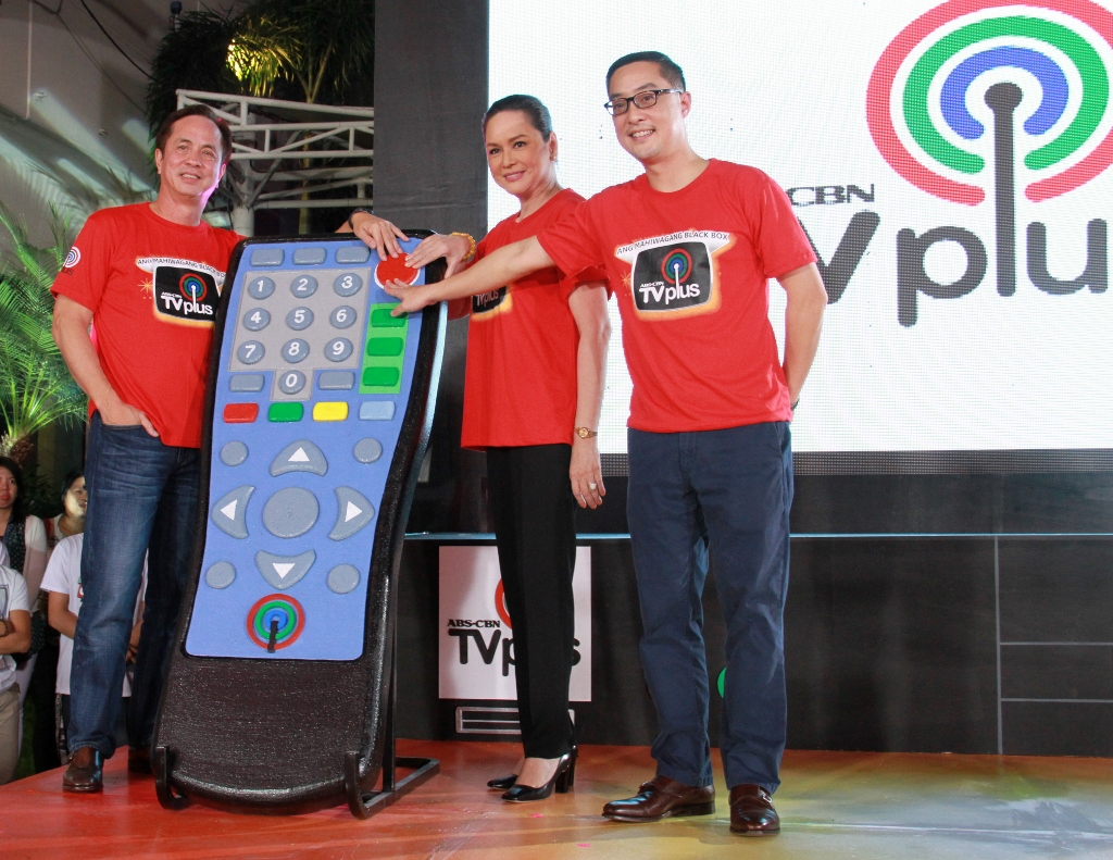 ABS-CBN chairman Eugenio Lopez III, president and CEO Charo Santos-Concio and head of Access Carlo Katigbak