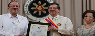 Ambassador Lopez Receives Order of Sikatuna