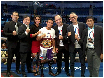 The ABS-CBN Sports team with boxer Donnie Nietes and ALA Promotions' Michael Aldeguer