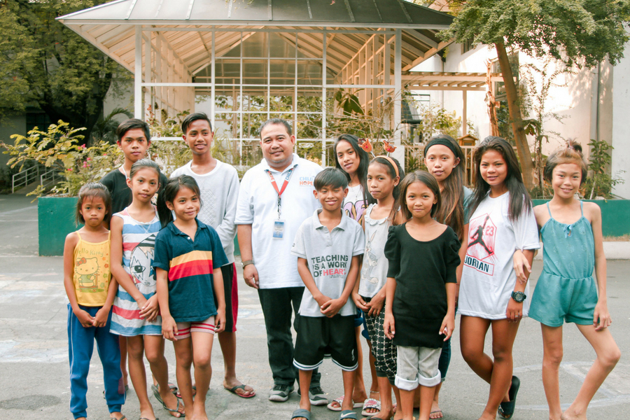 A gift of hope, knowledge to Manila's street children