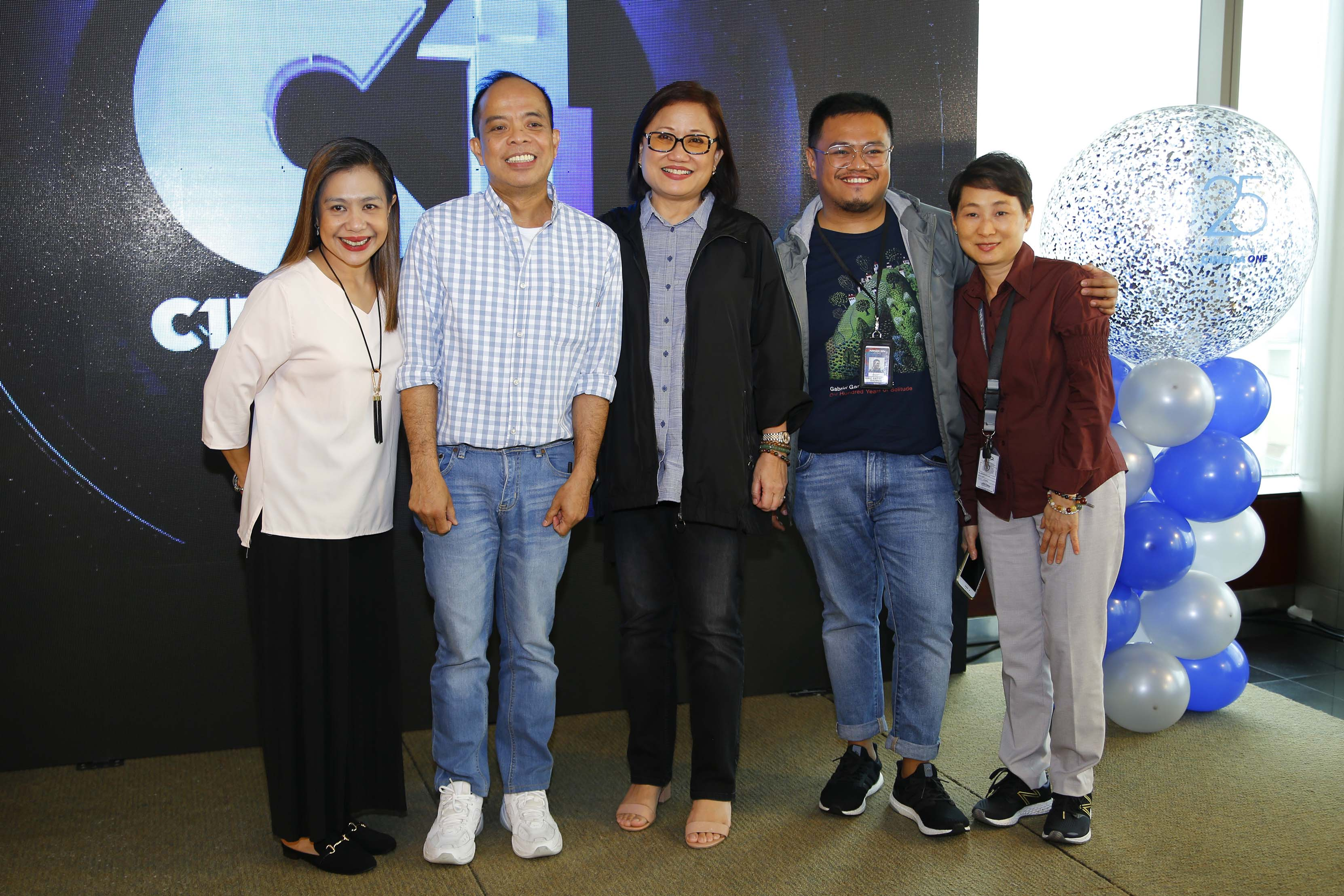 C1 channel head Ronald Arguelles with ABS-CBN Films management committee members Marizel Samson, Olivia Lamasan, Kriz Gazmen and Jacqueline Liu