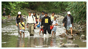Kabayan_goes_to_the_farthest_and_most_inaccessible_villages_in_the_country_to_examine_hurdles_faced_by_students_in_KABAYAN_REPORTS_GUSTO_KONG_MAG-ARAL