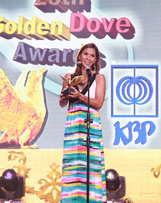 'Sports U' host Dyan Castillejo