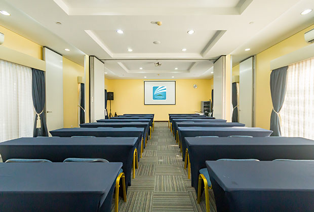 The hotel also houses a function room for meetings and social events for up to 100 persons, while the gym on the fourth floor allows guests to start the day right by breaking a sweat
