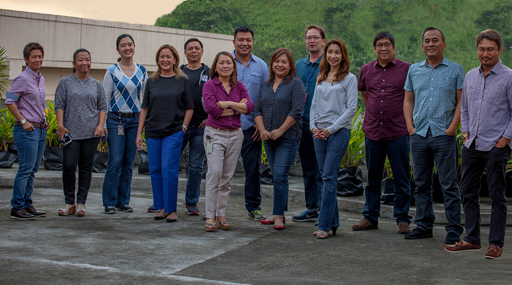 Cheryl Favila, Newscast Production head; Weng Paraan, Boto Mo, iPatrol Mo head; Cilette Liboro-Co, ABS-CBN News Channel COO; Chi Almario, Futures, Standards and Practices head; Karen Puno, News Digital Media head; and Marah Faner-Capuyan, DZMM head. Back row, l-r: Francis Toral, chief assignment editor and concurrent Breaking News and Live Events head; Dondi Ocampo, Current Affairs head; Baroy Morga, Multi-Platform Strategy Business Development head; Claude Vitug, Integrated News Operations head; Dindo Amparo, Newsgathering head; Stanley Palisada, Regional News Bureau head; and Arlan Alfonso, News Systems and Technology Management head