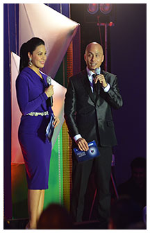 ABS-CBN Publishing Inc. president Ernie Lopez, with KC Concepcion, was a hit as emcee