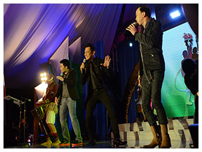 FPH Music Icons Rene Espinosa and James Lee jam with Gary Valenciano