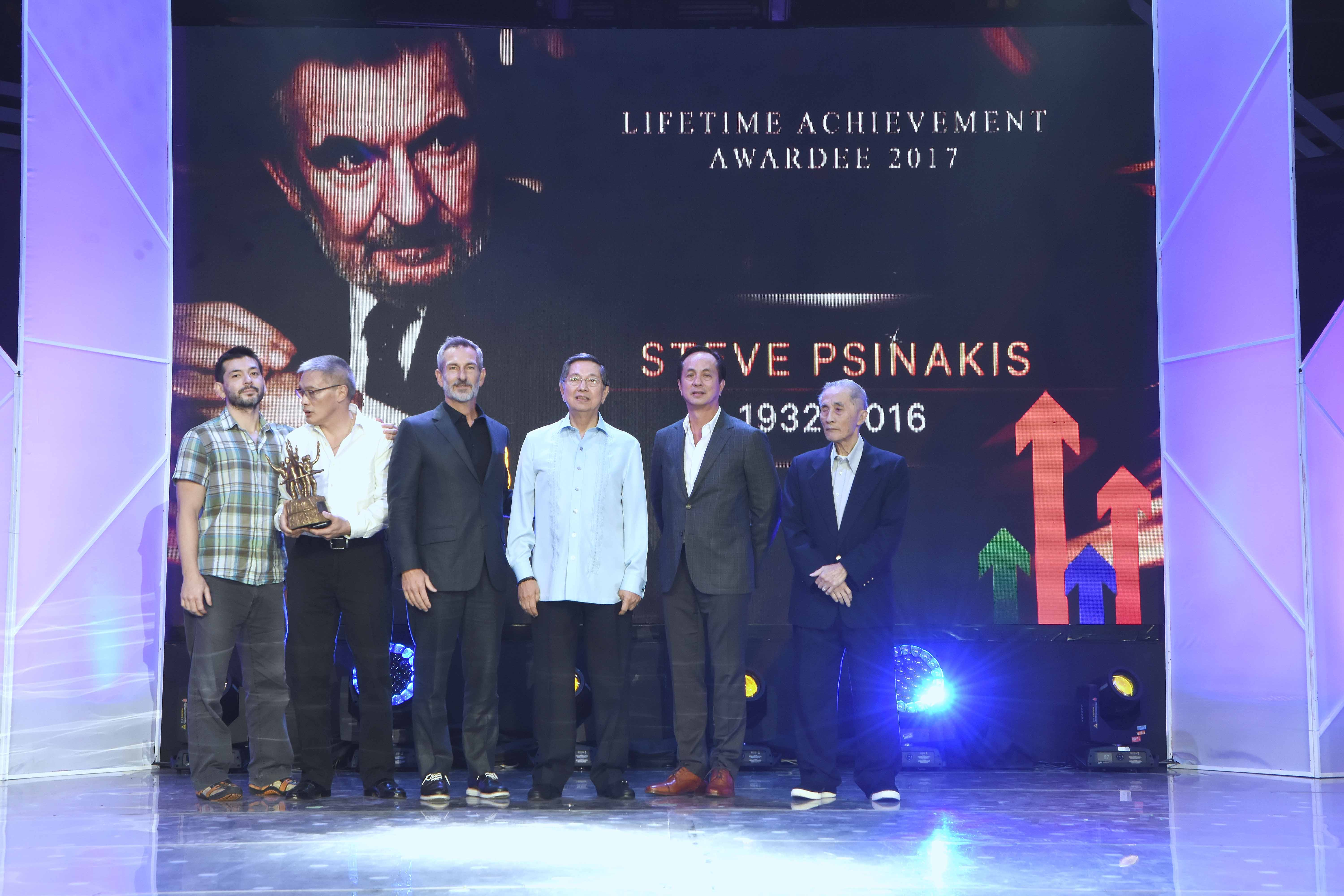 R-L: Lopez Group chairman emeritus Oscar M. Lopez, ABS-CBN chairman Eugenio Lopez III and Lopez Holdings chairman Manuel M. Lopez, with Yuri Psinakis, Rogy Panganiban and Michael Psinakis, take a moment to remember a cherished family member and colleague