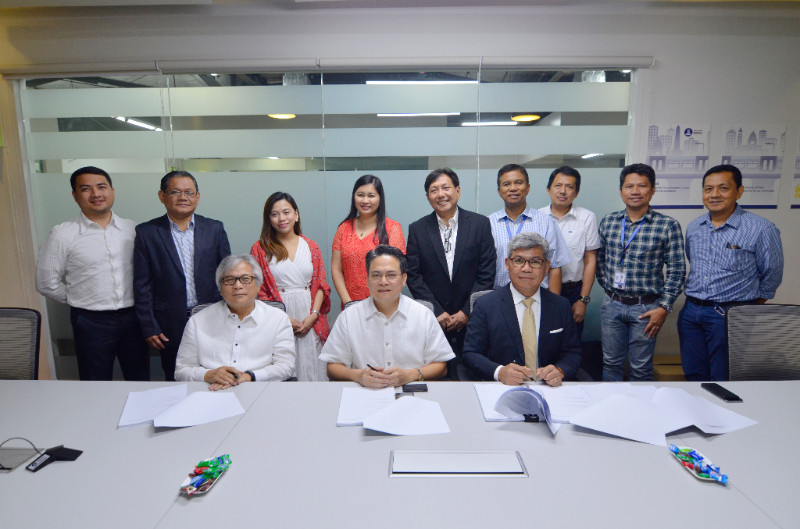 LRMC, First Balfour-MRAIL JV sign pact on LRT-1 project