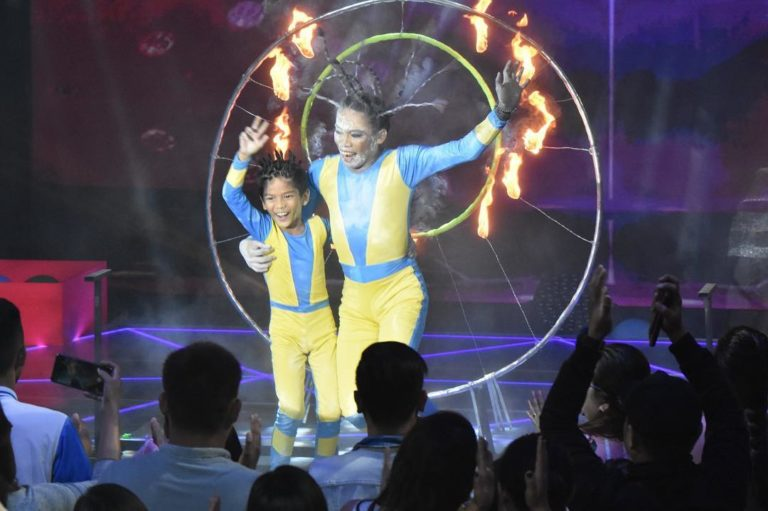 Elsa Droga, brother take home 'The Kids' Choice' crown