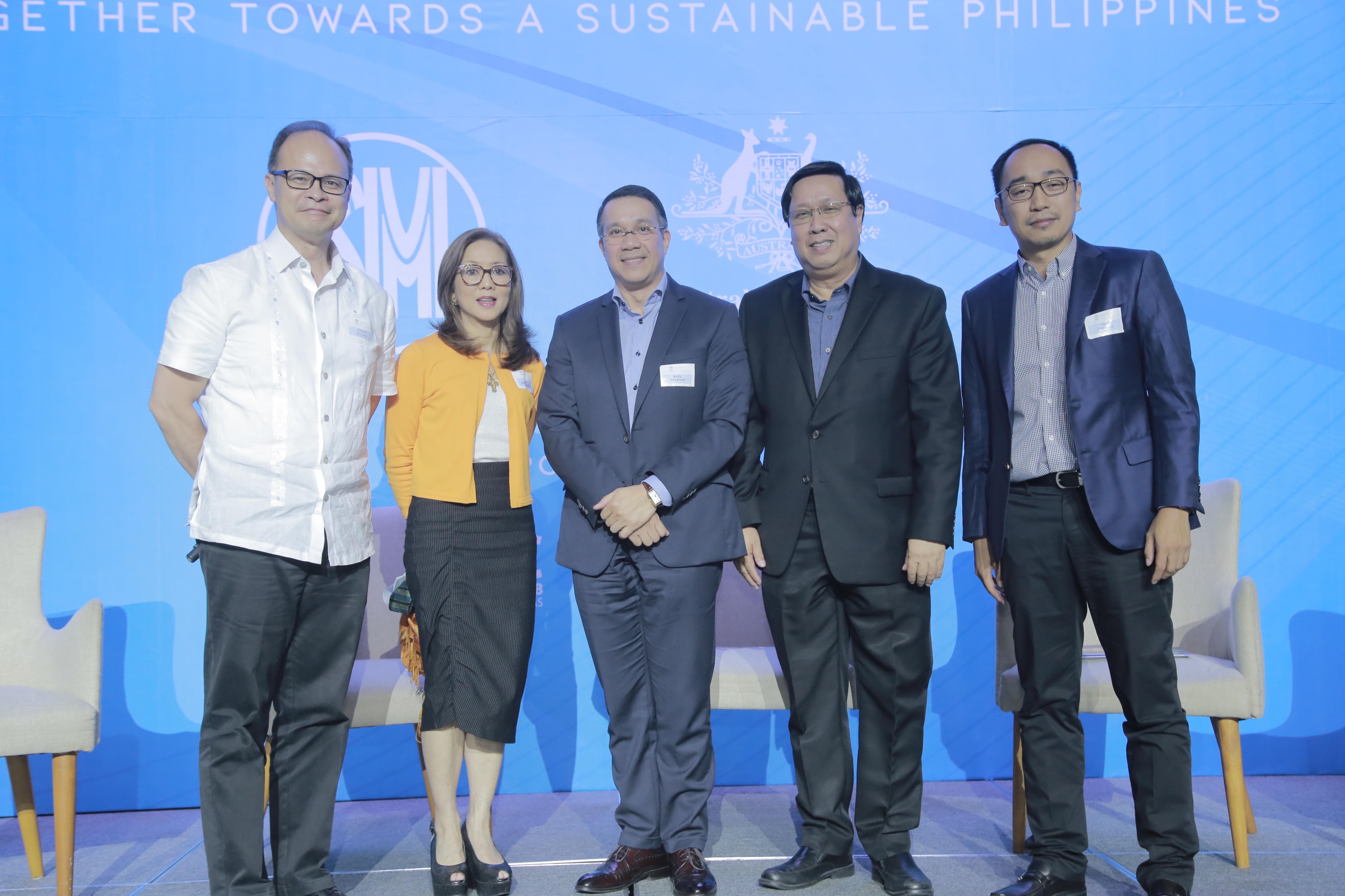 LGFI president Cedie Lopez Vargas with her fellow GRI summit panelists, Ruel Maranan of Ayala Foundation, Ramon Gil Macapagal of SMIC and Mike Liwanag of JG Summit, and moderator Coco Alcuaz