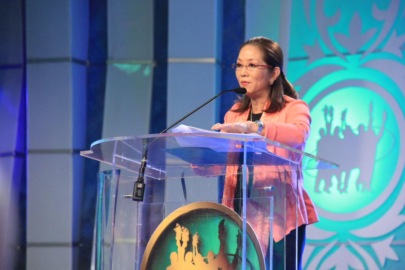 Cedie Vargas delivers message of Lopez Group patriarch Oscar M. Lopez