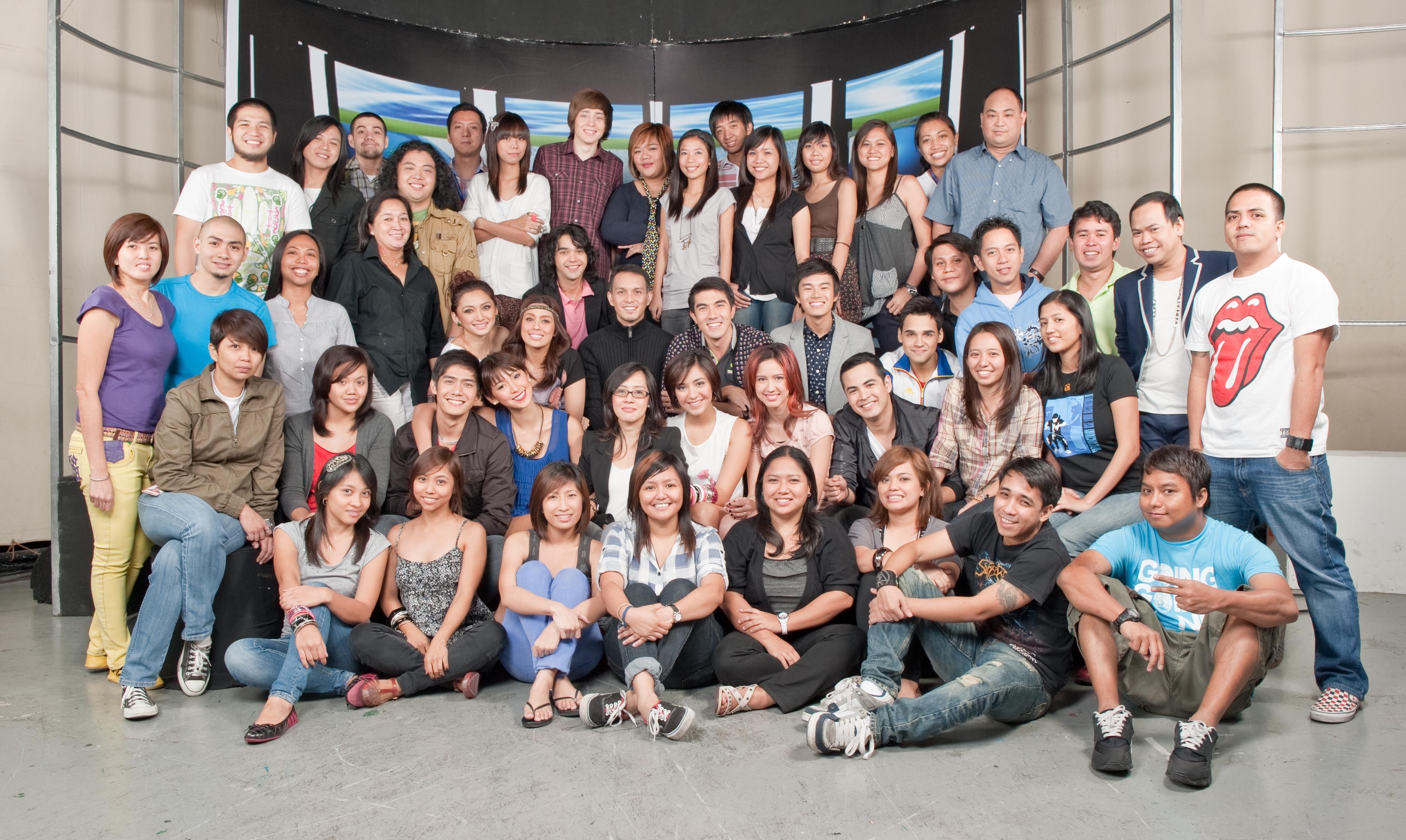 Channel head Andre Alvarez (3rd row, 7th from left) and his team at MYX