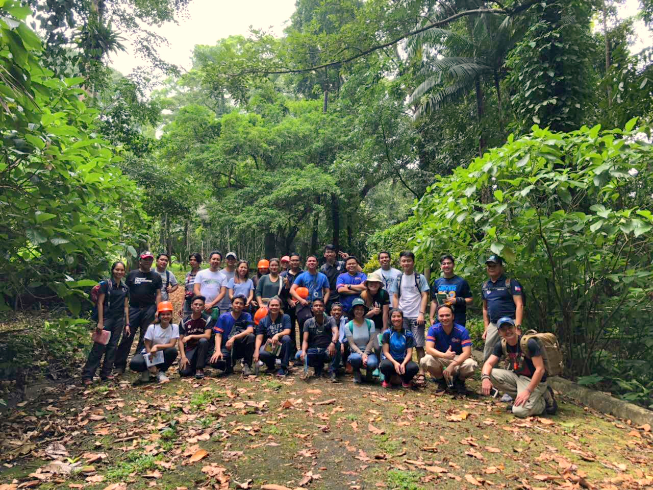 The EDC BINHI Tree Encounter and Knowledge Sharing participants pose for a photo during the hike