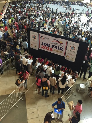 Young and not-so-young hopefuls flock to the 2016 job fair spearheaded by ABS-CBN Cagayan de Oro