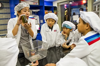 Kids learn about flash freezing technology at the Research and Development Center located at the mezzanine floor of KidZania Manila