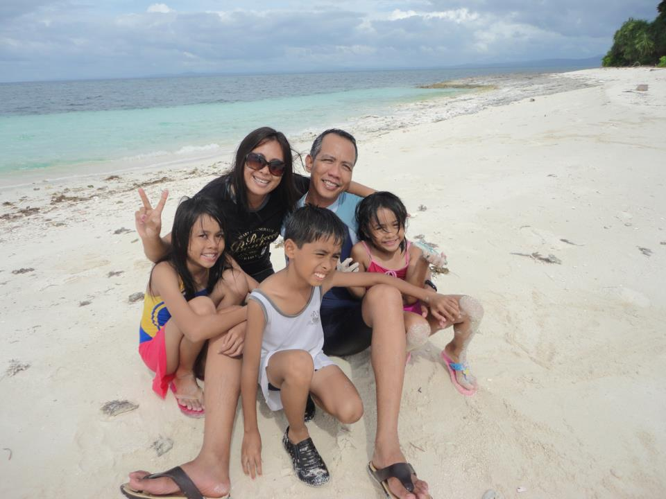 The Lao family bonds at the beach