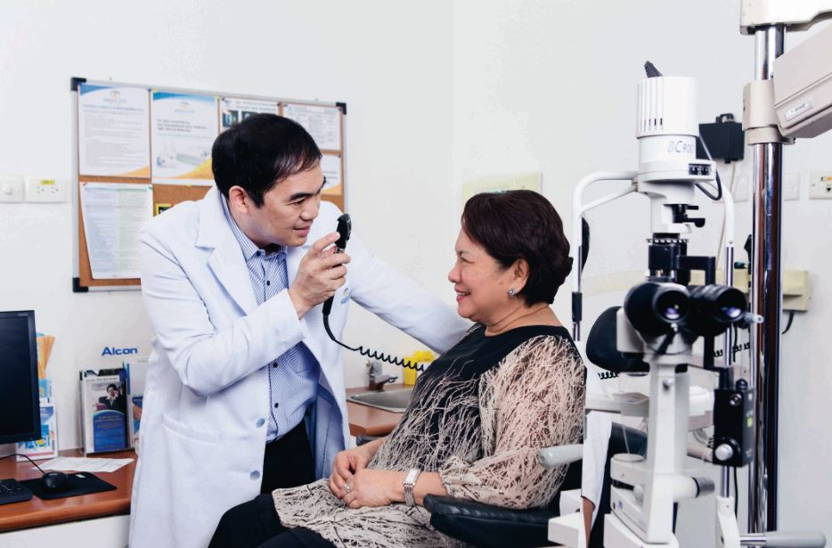 Undergo quick, safe cataract surgery with VICTUS Femtolaser