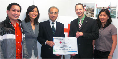 ABS-CBN Japan turns over Y1.123M to Red Cross