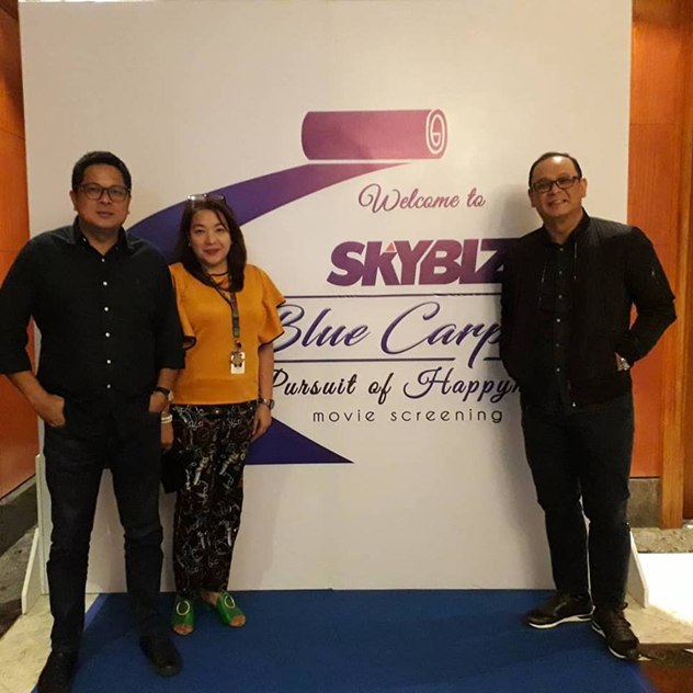 SKYBIZ screens 'Pursuit of Happyness' to inspire employees