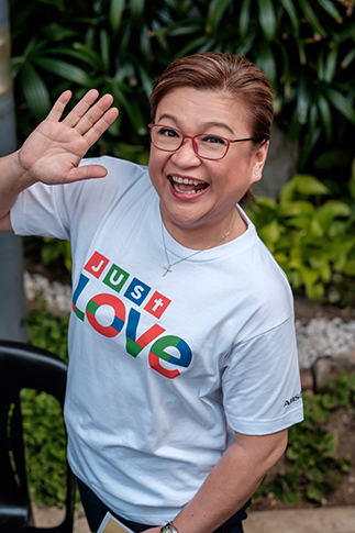 'Umagang Kay Ganda' host Winnie Cordero hosted 'Just Love Araw-Araw' at the ABS-CBN Center Road