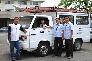 SKYCable installation team circa 2009