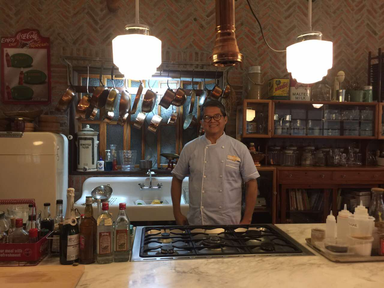 Chef Claude explores Pinoy cuisine in 'Chasing Flavors'